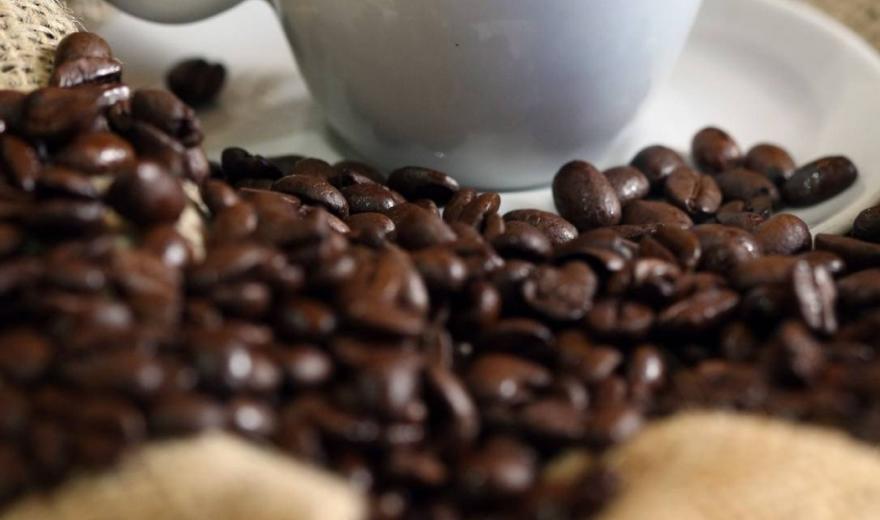 Vídeo: Nova pesquisa alerta que o café pode afetar a visão
