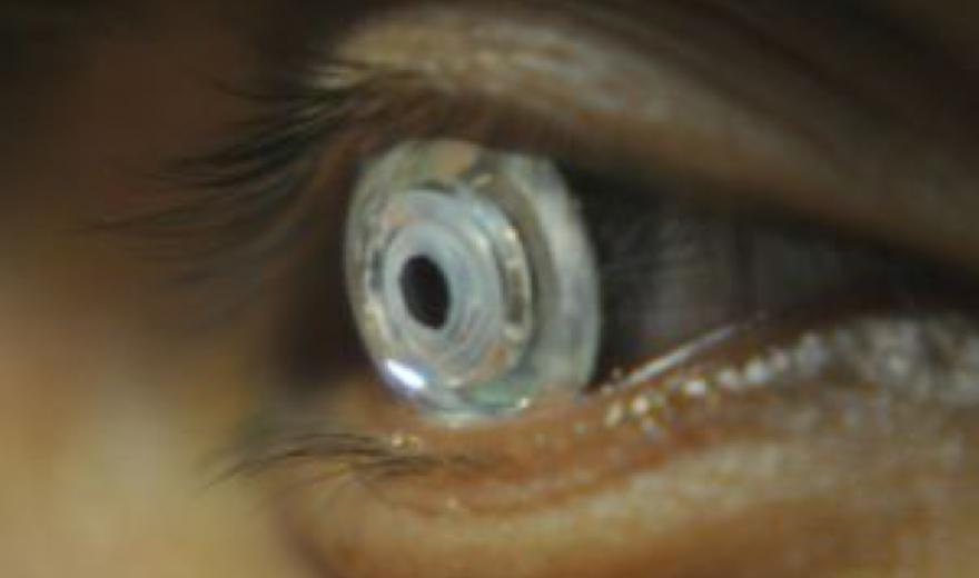 Vídeo: Cientistas criam lentes de contato que dão zoom quando você pisca duas vezes